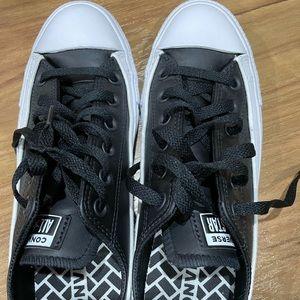 Brand new converse sneaker unisex